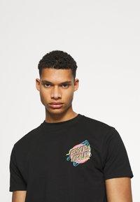 Santa Cruz - NO PATTERN DOT UNISEX - T-shirt imprimé - black - 3