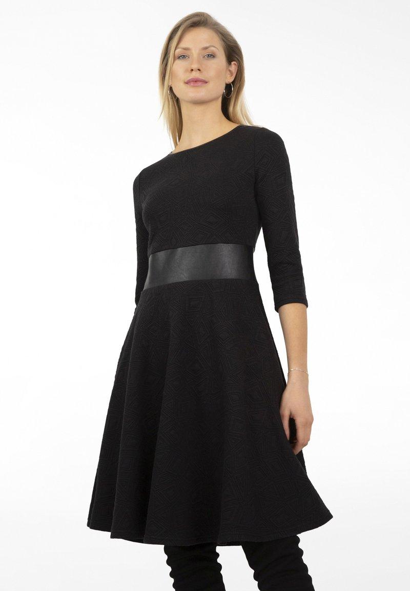 Apart - Day dress - schwarz