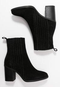 Even&Odd - LEATHER CHELSEA BOOTIE - Ankelboots med høye hæler - black - 3
