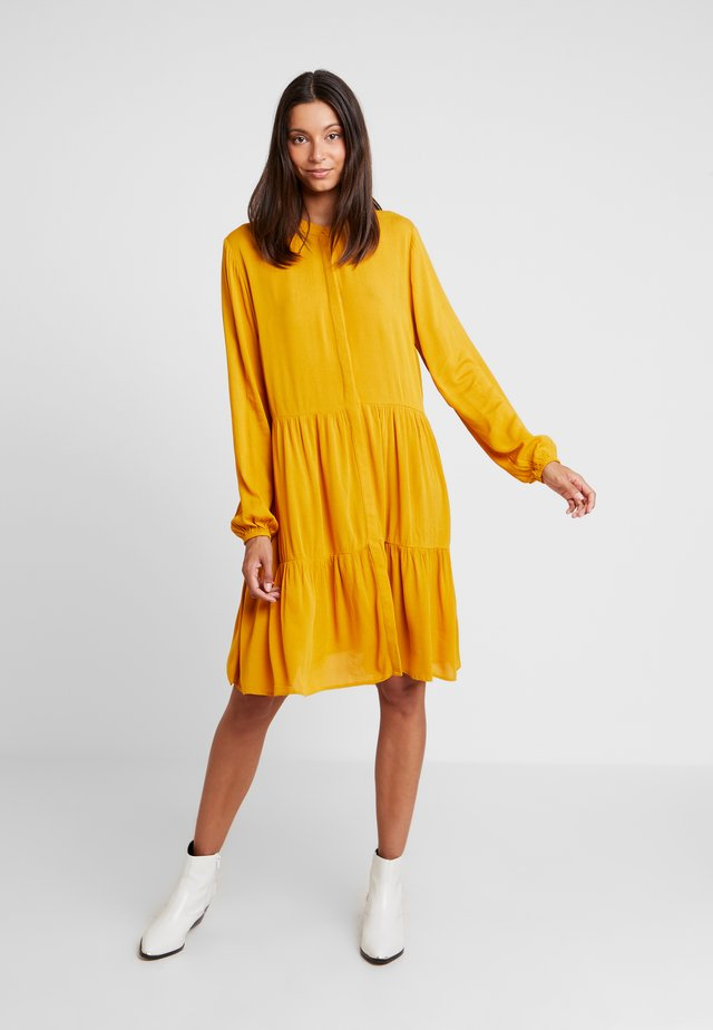 FQFLOW SOLID - Shirt dress - golden yellow