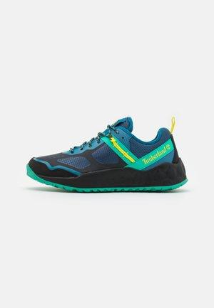 SOLAR WAVE  - Trainers - medium blue