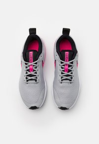 Nike Performance - AIR ZOOM ARCADIA GS UNISEX - Neutral running shoes - light smoke grey/hyper pink/black/white - 3