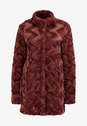 VMCURL HIGH NECK JACKET NO - Short coat - mahogany