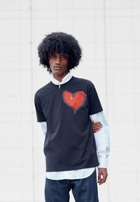 Vivienne Westwood - HEART CLASSIC - Print T-shirt - black - 4