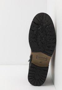 Bullboxer - Šněrovací kotníkové boty - brown - 4