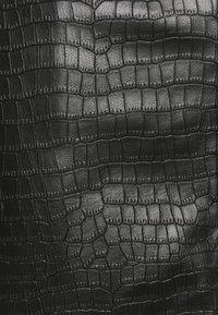 Missguided - CROC MINI SKIRT - Mini skirt - black - 2