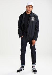 Vans - T-shirt - bas - black - 1