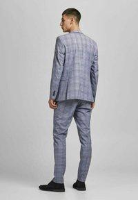 Jack & Jones PREMIUM - Blazer jacket - grey melange - 2