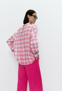 Uterqüe - Button-down blouse - pink - 2