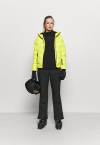 Brunotti - SILVERBIRD WOMEN SNOWPANTS - Ski- & snowboardbukser - black - 1