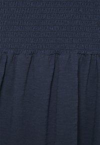 Vero Moda Curve - VMALINA SHORT SMOCK DRESS - Jersey dress - navy blazer - 2