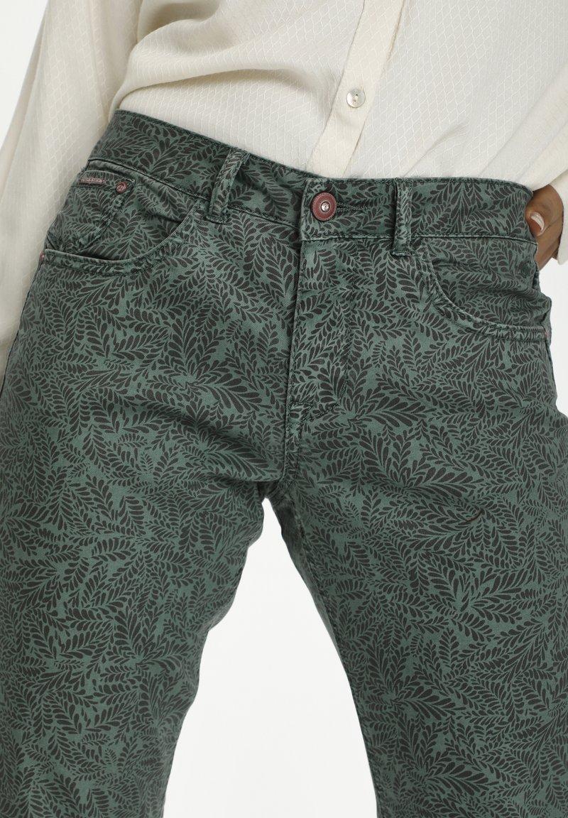 Cream - Trousers - stormy sea leaf