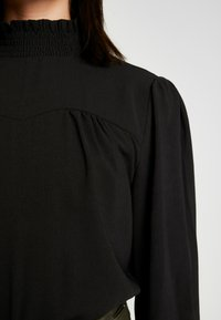 ONLY - ONLRUBIA SMOCK - Blouse - black - 5