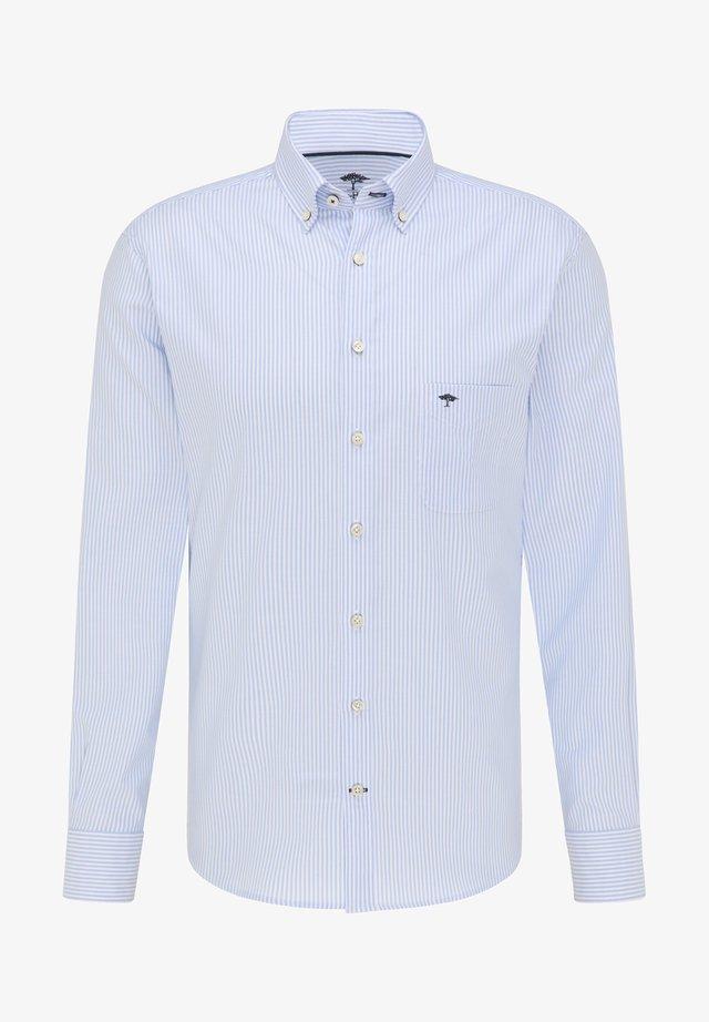Shirt - light blue stripe