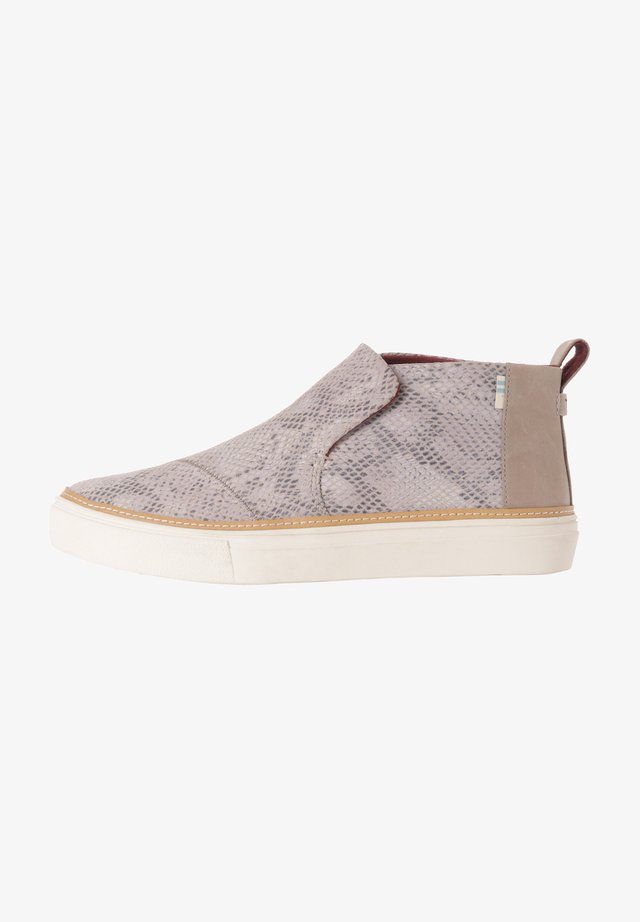 PAXTON - Sneakers laag - cobblestone snake printed suede