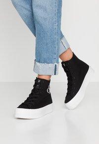 Calvin Klein Jeans - ZABRINA - High-top trainers - black - 0