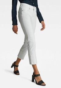 G-Star - NOXER  - Straight leg jeans - white - 0