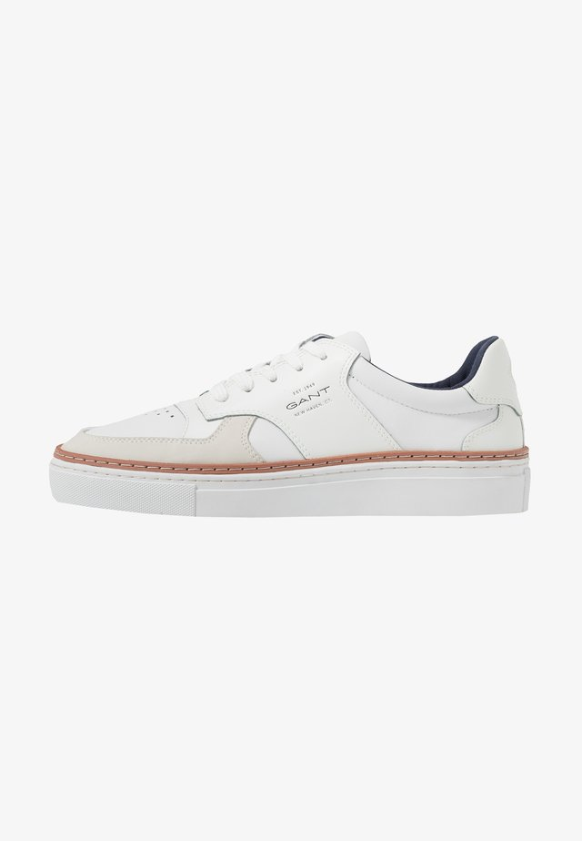 MC JULIEN - Trainers - bright white