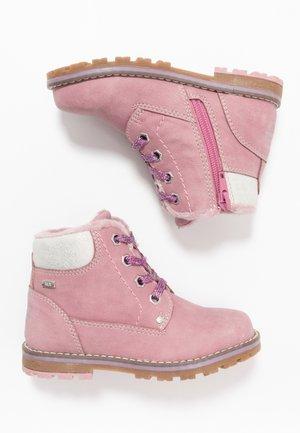 Bottines à lacets - rose