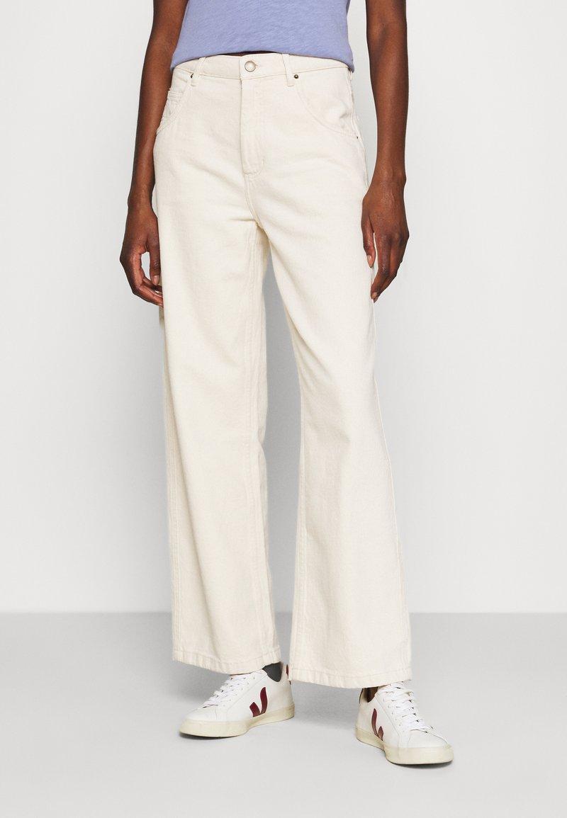 American Vintage - TINEBOROW - Straight leg jeans - ecru