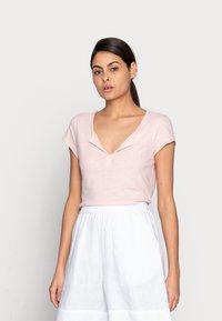 Mos Mosh - TROY TEE - Basic T-shirt - peachskin - 0