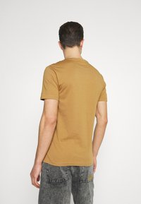 Pier One - 5 PACK - Basic T-shirt - brown/white/black - 2