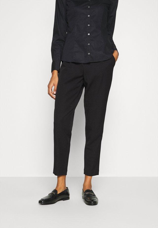 LAILA - Pantaloni - black