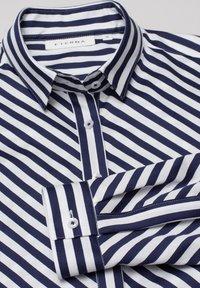 Eterna - MODERN FIT - Button-down blouse - navy blue/white - 4