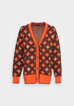 ARGYLE CARDIGAN - Cardigan - pumpkin orange