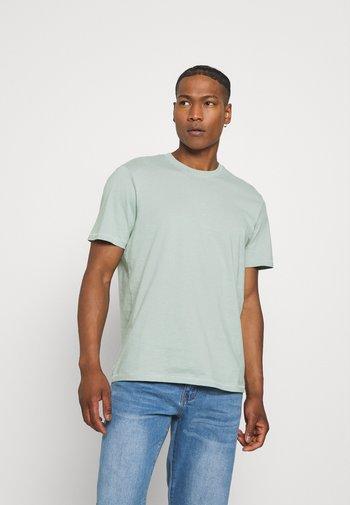 ONSMILLENIUM LIFE TEE - T-shirt - bas - silver blue