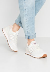 New Balance - WL574 - Trainers - offwhite - 0