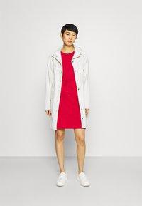 Tommy Hilfiger - COOL SHORT DRESS - Kjole - primary red - 1