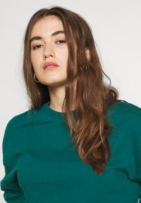 Even&Odd - BASIC OVERSIZE SWEATSHIRT - Bluza - teal - 3