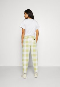 Obey Clothing - PROVENCE PANT - Tygbyxor - grass - 2