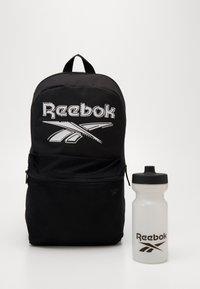 Reebok - KIDS LUNCH SET - Sac à dos - black - 5