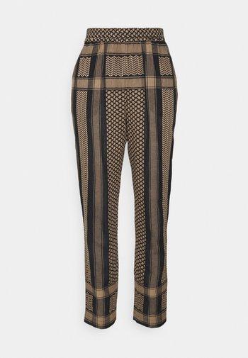 BOBI - Trousers - black/tannin