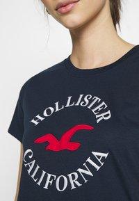 Hollister Co. - TIMELESS - Print T-shirt - navy blue - 5