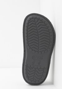 Crocs - CLASSIC CONVERTIBLE - Tofflor & inneskor - navy/charcoal - 4
