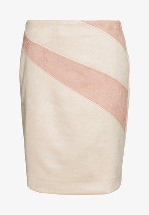 KURZ - Pouzdrová sukně - sand