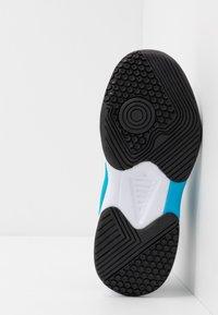 Diadora - S. CHALLENGE 3 JR UNISEX - Multicourt tennis shoes - white/blue fluo - 5