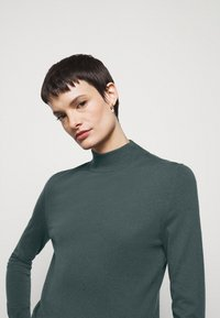 Filippa K - LYNN - Jumper - pacific blue - 4