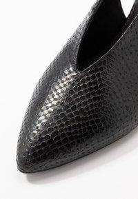 Toral Wide Fit - Escarpins - black - 2