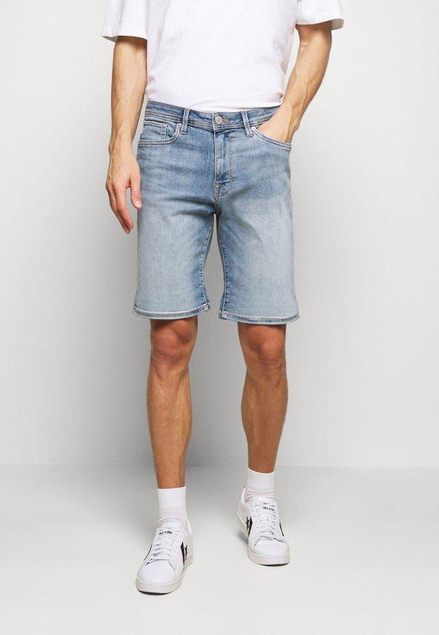SLHALEX  - Shorts di jeans - light blue denim