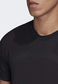 adidas Performance - ZUPAHIKE AEROREADY SHIRT - T-shirts med print - black - 6