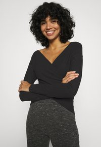 Nly by Nelly - CRISS CROSS SHOULDER - Long sleeved top - black - 3