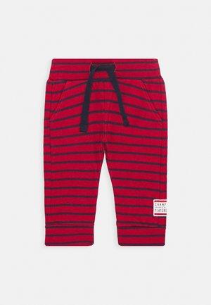 SOWETO STR - Pantalon de survêtement - scarlet sage