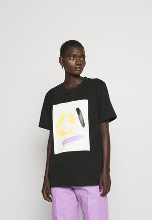 MURPHY - Camiseta estampada - black