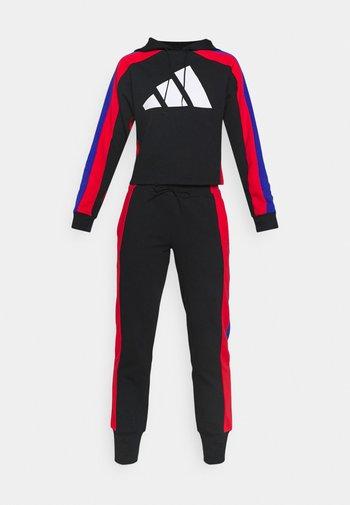 BIG LOGO - Tracksuit - black/vivid red/bold blue