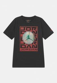 Jordan - FLASH STACK - Print T-shirt - black - 0