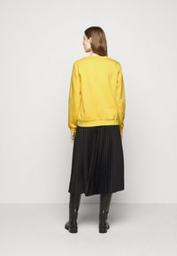 CECILIE copenhagen - MANILA - Sweatshirt - lemon - 2